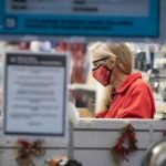 فروشگاه های خرده فروشی ، مراکز خرید در منطقه واترلو باید طبق سفارشات جدید بهداشت عمومی خریداران را محدود کنند